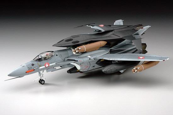 ホビーストック新着! 【再販】ハセガワ マクロス ゼロ 1/72 VF-0A/S w 新作グッズ予約速報